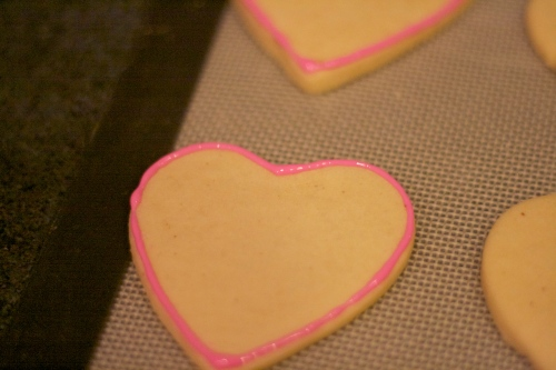 royal icing heart sugar cookies
