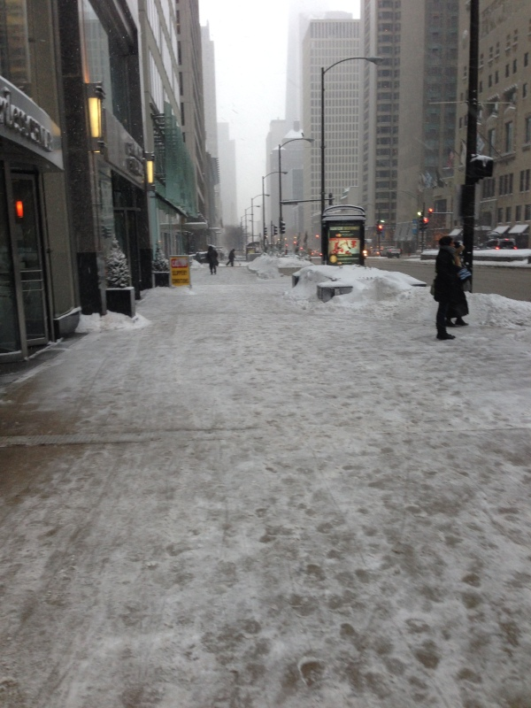 magnificent mile, winter storm, chicago, michigan avenue