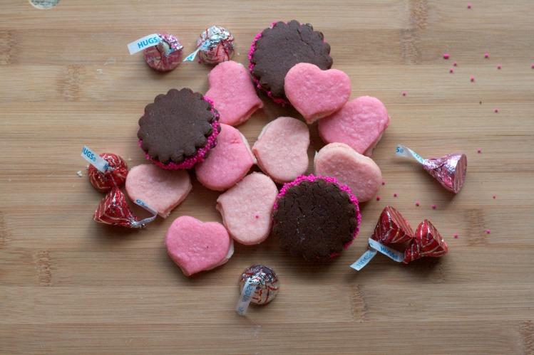 valentine cookies, valentine sugar sandwich cookies, martha stewart recipe, chocolate sandwich cookies, pink cookies
