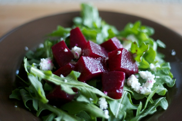pickled beets recipe, beet salad with goat cheese, beets, recipes, salads, summer, farmer's market, vegetable dishes