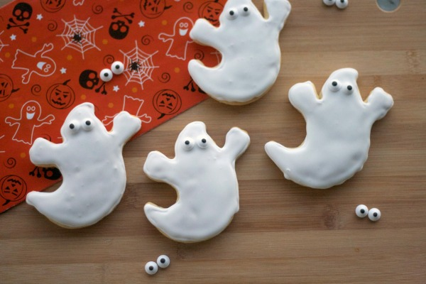 royal icing, sugar cookies, halloween, iced ghost sugar cookies, halloween dessert, cookies, sugar cookies, goblin cookies, halloween treats