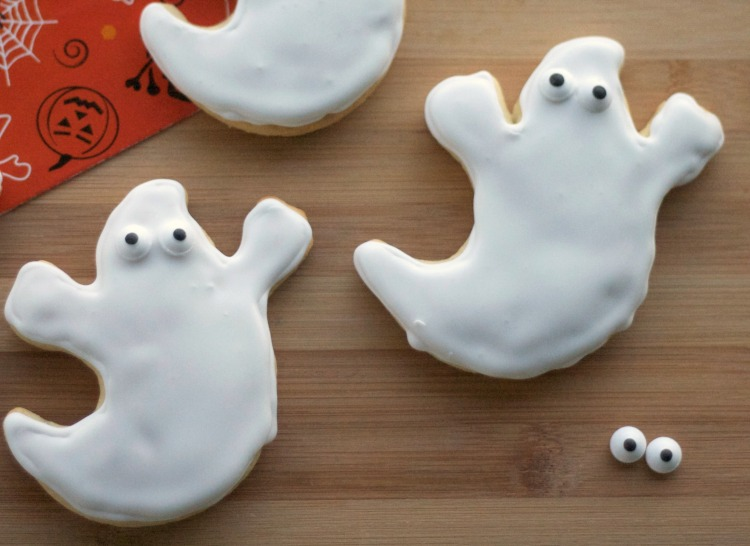 royal icing, sugar cookies, halloween, iced ghost sugar cookies, halloween dessert, cookies, sugar cookies, goblin cookies, halloween treats
