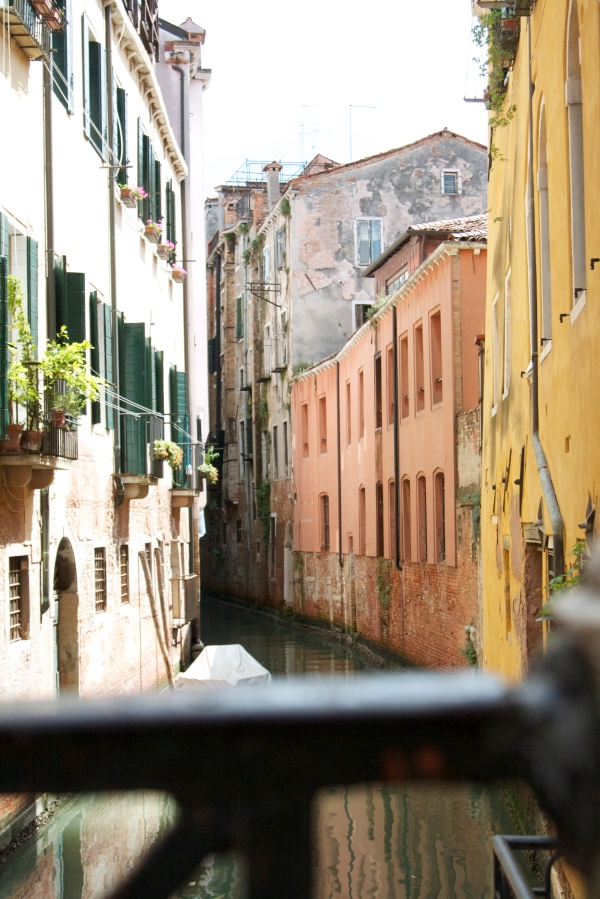 venice, italy, honeymoon in italy, venezia, travel, wedding, canal, bridge