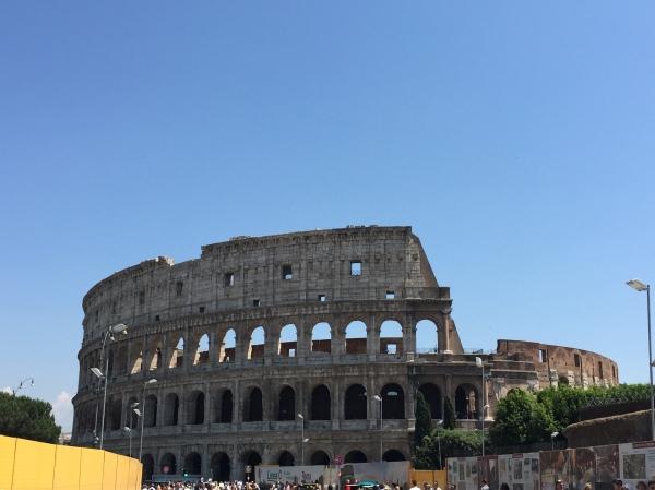 Rome, Roma, Coliseum, pantheon, honeymoon in italy, Italy, michelangelo, Roman Forum, visiting rome, rationalist movement, bernini