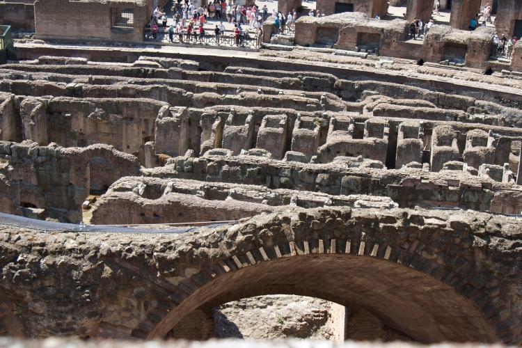 roma, rome, honeymoon in italy, colosseum, gladiator, ruins, roman forum, vacation, honeymoon,