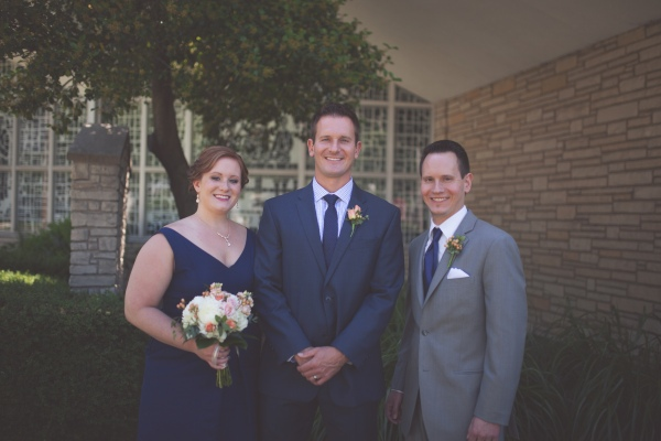 groom, wedding, springfield illinois wedding, blue suits, jcrew, tommy hilfiger, family, wedding