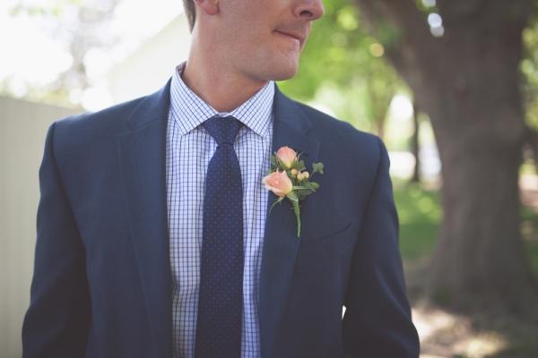groom, wedding, springfield illinois wedding, blue suits, jcrew, tommy hilfiger, family, wedding